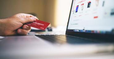 Advantages and disadvantages of contactless payment systems